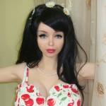 Lolita Richi, la nueva ucraniana que se une a las Barbies humanas.