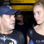 video en el que Diego Maradona golpea a su exnovia