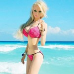 Barbie humana sufrió una terrible golpiza a la entrada de su casa