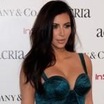 Kim Kardashian intenta nuevamente colapsar el internet