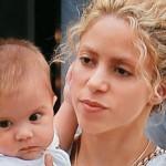 Sasha patea el balón video de Shakira
