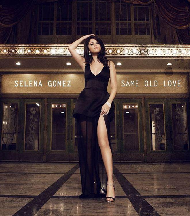 foto de Selena Gómez casi desnuda
