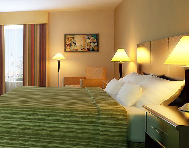 En una habitación de hotel con una chica sexy que