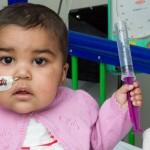 Conoce a la niña que fue curada de leucemia con células diseñadas por la ingeniería genética