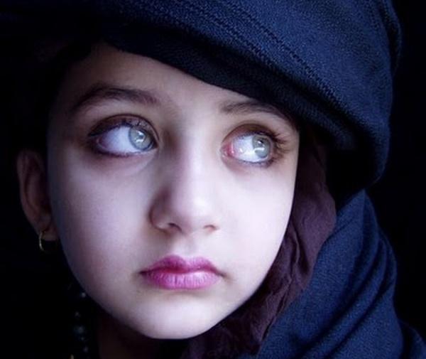 Algunas veces los ojos más hermosos del mundo muestran un tanto de melancolía