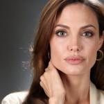 piernas de Angelina Jolie