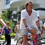 recompensa por la bicicleta de Carlos Vives