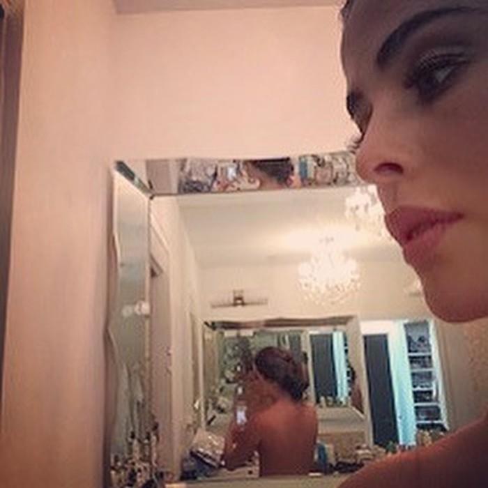 topless Danna García embarazada